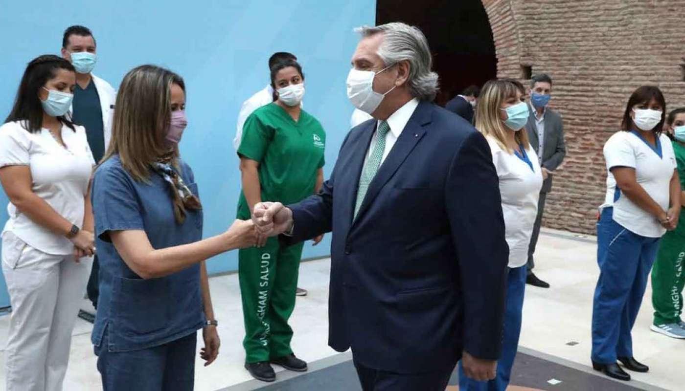 """""""Ustedes saben que valoro la salud pública"""", destacó el jefe de Estado Alberto Fernandez. La semana pasada, cuando anunció las nuevas restricciones para frenar los contagios de coronavirus, había hecho referencia al """"relajamiento"""" del sistema sanitario"""