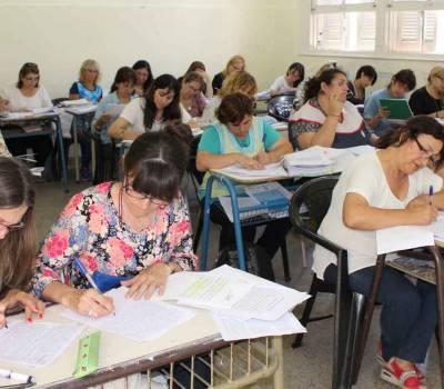 Más de 2000 docentes finalizaron la etapa de evaluación del concurso para secretarios escolares