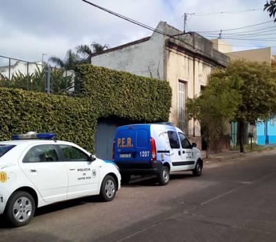 COLÓN Importante operativo en una vivienda donde encontraron muerta a una persona