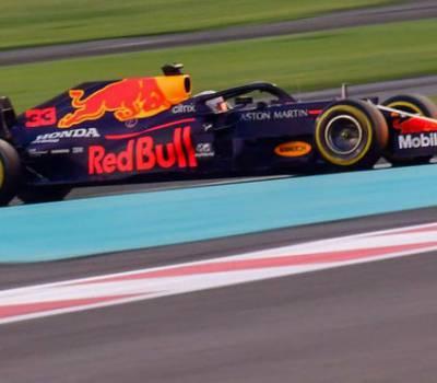 Red Bull seguirá tirando de los motores Honda, en régimen de 'alquiler'